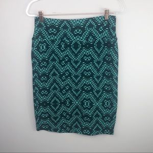 LulaRoe Cassie Skirt Geometric Green & Black